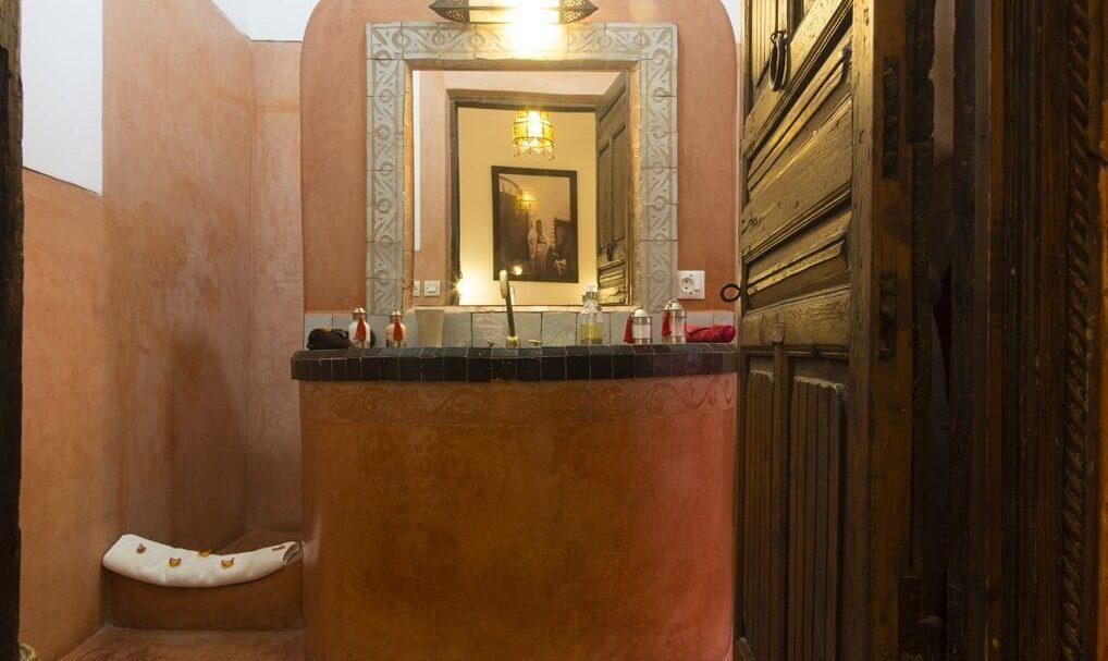 Riad el Zohar - Dades Bathroom