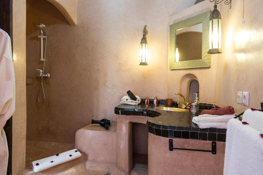 Riad el Zohar - Ourika Bathroom